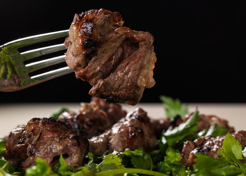 Заказать Мякоть говядины с доставкой на дом в Серпухове, Суши-бар ТАЙХЕО
